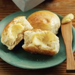 Thursday's BUZZworthy Recipe: Honey Yeast Rolls