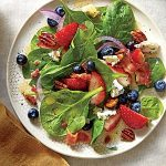 Spinach Salad with Honey Dressing and Honeyed Pecans: Wednesday's BUZZworthy Recipe