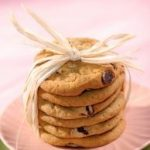Bee Nutty Choco-Chips Cookies: Wednesday's BUZZworthy Recipe
